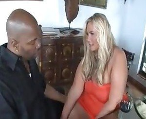 Blonde bbw milf desiree charms fucked