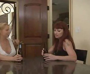 Fabulous Big Tits movie with Lesbian,Mature scenes