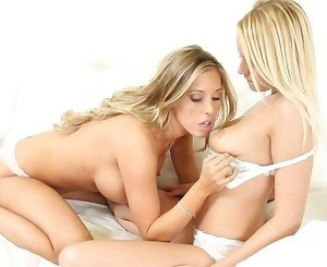 Beautiful blondes Sam and Vanessa get dirty