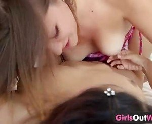Girls Out West - Squelching lesbian pussies