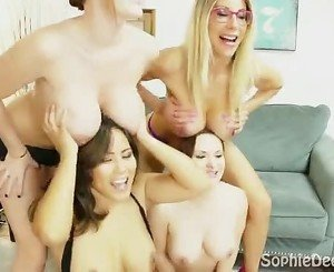 Sophie Dee All Star Big Tit Cam Show!