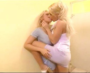 Jenna Jameson with Chloe Jones